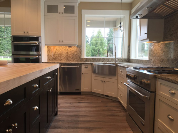 Remodel Kitchen and install new cabinets in Battle Ground WA